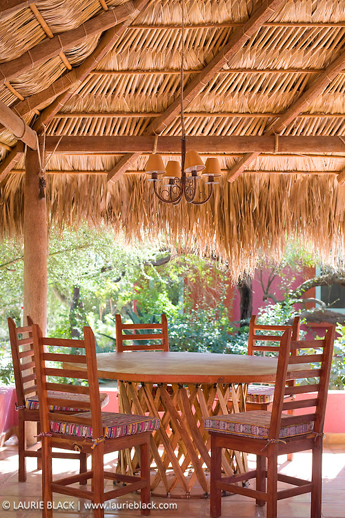 Palapa outdoor dining room
