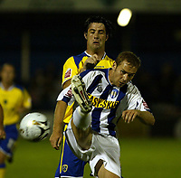 Fotball<br /> England 2005/2006<br /> Foto: SBI/Digitalsport<br /> NORWAY ONLY<br /> <br /> Colchester United v Cardiff City. Carling Cup.<br /> 24/08/2005.<br /> Alan Lee of Cardiff puts pressure on Liam Chilvers of Colchester