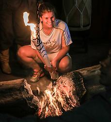 O revezamento da Tocha Olímpica passa  na Fazenda Boqueirão, Vila Block, em São Sepé, RS, onde encontra a Chama Crioula, fogo centenário desde a Revolução Farroupilha (1835-1845).  Aceso em 21 de abril, em ritual repetido a cada quatro anos em Olímpia, na Grécia, o símbolo olímpico passará por 28 cidades gaúchas de 3 a 9 de julho e será conduzido por 617 indicados no Rio Grande do Sul, começando por Erechim e se despedindo em Torres, em percurso de mais de dois mil quilômetros. Foto: Gustavo Roth / Agência Preview