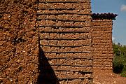 Salgueiro_PE, Brasil...Casa de pau-a-pique em Salgueiro, Pernambuco...Close up of wall of a mud house in Salgueiro, Pernambuco...Foto: LEO DRUMOND / NITRO