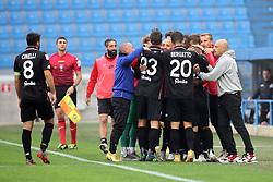 """Foto Filippo Rubin<br /> 24/10/2020 Ferrara (Italia)<br /> Sport Calcio<br /> Spal - Vicenza - Campionato di calcio Serie B 2020/2021 - Stadio """"Paolo Mazza""""<br /> Nella foto: ESULTANZA GOAL VICENZA NICOLA DALMONTE (VICENZA)<br /> <br /> Photo Filippo Rubin<br /> October 24, 2020 Ferrara (Italy)<br /> Sport Soccer<br /> Spal vs Vicenza - Italian Football Championship League B 2020/2021 - """"Paolo Mazza"""" Stadium <br /> In the pic: CELEBRATION GOAL VICENZA NICOLA DALMONTE (VICENZA)"""