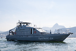 15.08.2016, Marina da Gloria, Rio de Janeiro, BRA, Rio 2016, Olympische Sommerspiele, Segeln, 470er Bewerb, Damen, im Bild Patrouillenboot // patrol boat during the Women's 470er competition in Sailing of the Rio 2016 Olympic Summer Games at the Marina da Gloria in Rio de Janeiro, Brazil on 2016/08/15. EXPA Pictures © 2016, PhotoCredit: EXPA/ Johann Groder