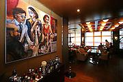Das Karel Gott Gallery Restaurant in der Spalena Straße im Zentrum von Prag. Im Restaurants befindet sich eine Ausstellung mit Bildern von Karel Gott.<br /> <br /> The Karel Gott Gallery Restaurant in  Pragues city centre from outside. Exhibited in the gallery are duplications of paintings by Karel Gott.