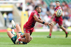 Joe Marchant of Harlequins offloads the ball - Mandatory byline: Patrick Khachfe/JMP - 07966 386802 - 02/09/2017 - RUGBY UNION - Twickenham Stadium - London, England - London Irish v Harlequins - Aviva Premiership