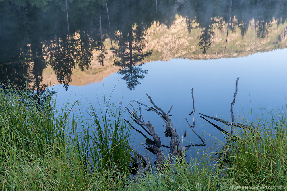 Morning light on mountains reflected in Lane Lake, Hoover Wilderness, Humbolt-Toiyabe National Forest, California