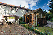 Cottage exterior photography commission