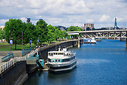 Morrison Bridge and boats on the Willamette River, Portland, Oregon