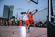 Basketball: ING-DiBa German Championship 3x3, Deutsche Meisterschaft, Damen, Finale, Hamburg, 05.08.2017<br /> Spielszene<br /> (c) Torsten Helmke<br /> -------------------<br /> Von der Strasse zu Olympia: Seit Juni 2017 steht fest, das die Spielform 3x3 Olympisch wird. Premiere werden die Olympischen Spiele 2020 in Tokyo sein.