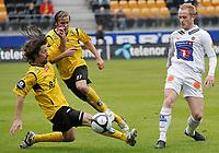 Fotball , tippeligaen , 26. April 2009 , Sør Arena , Start - Tromsø (TIL) , Erik Myggen Mykland , start , Morten Hæstad , Start , Tommy Knarvik , TIL ,  Foto: Tommy Ellingsen