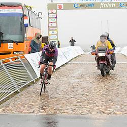12-03-2021: Wielrennen: Healthy Ageing Tour: Wijster<br />Lonneke Uneken solo onderweg in de finale