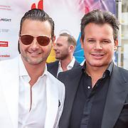 NLD/Amsterdam/20150629 - Uitreiking Rainbow Awards 2015, Fred van Leer en Leco van Zadelhoff