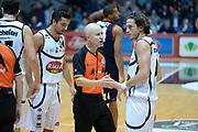 DESCRIZIONE : Caserta Lega serie A 2013/14  Pasta Reggia Caserta Acea Virtus Roma<br /> GIOCATORE : arbitro<br /> CATEGORIA : fair  play<br /> SQUADRA : Pasta Reggia Caserta<br /> EVENTO : Campionato Lega Serie A 2013-2014<br /> GARA : Pasta Reggia Caserta Acea Virtus Roma<br /> DATA : 10/11/2013<br /> SPORT : Pallacanestro<br /> AUTORE : Agenzia Ciamillo-Castoria/GiulioCiamillo<br /> Galleria : Lega Seria A 2013-2014<br /> Fotonotizia : Caserta  Lega serie A 2013/14 Pasta Reggia Caserta Acea Virtus Roma<br /> Predefinita :