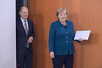 06 NOV 2019, BERLIN/GERMANY:<br /> Olaf Scholz (L), SPD, Bundesfinanzminister, und Angela Merkel (R), CDU, Budneskanzlerin, vor Beginn der Kabinettsitzung, Bundeskanzleramt<br /> IMAGE: 20191106-01-019<br /> KEYWORDS: Kabinett, Sitzung