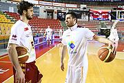 DESCRIZIONE : Roma Campionato Lega A 2013-14 Acea Virtus Roma Umana Reyer Venezia<br /> GIOCATORE : Luca Vitali Lorenzo D'Ercole CATEGORIA : fair play pre game<br /> SQUADRA : <br /> EVENTO : Campionato Lega A 2013-2014<br /> GARA : Acea Virtus Roma Umana Reyer Venezia<br /> DATA : 05/01/2014<br /> SPORT : Pallacanestro<br /> AUTORE : Agenzia Ciamillo-Castoria/M.Simoni<br /> Galleria : Lega Basket A 2013-2014<br /> Fotonotizia : Roma Campionato Lega A 2013-14 Acea Virtus Roma Umana Reyer Venezia<br /> Predefinita :