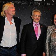 NLD/Den Haag/20111114 - Perslunch Virgin Galactic iav Sir Richard Branson, Cosmonaut Sergei Zhukov en