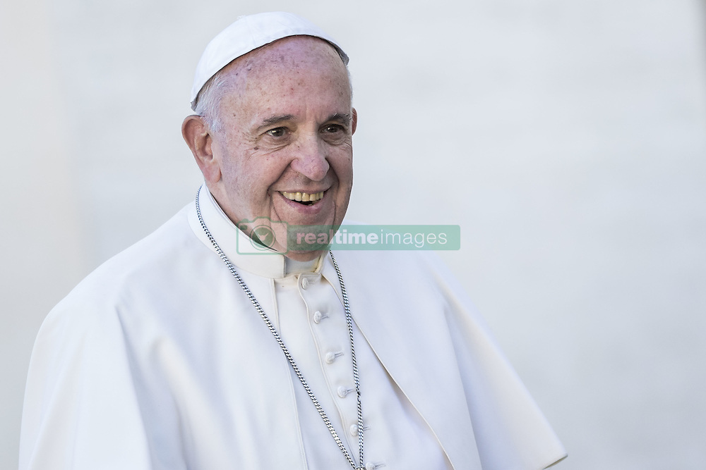 November 9, 2016 - Vatican City, Vatican - Pope Francis greets the faithful as he leaves at the end of his Weekly General Audience in St. Peter's Square in Vatican City, Vatican on November 09, 2016. Pope Francis on Wednesday urged the faithful not to fall into indifference but to become active instruments of mercy. (Credit Image: © Giuseppe Ciccia/Pacific Press via ZUMA Wire)