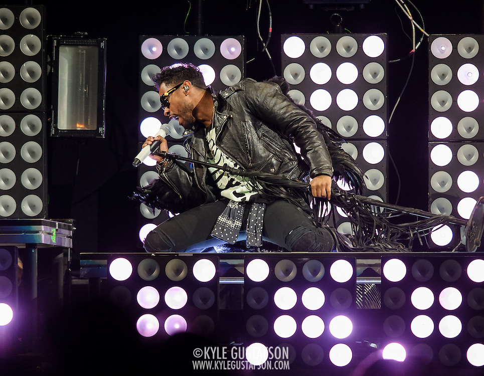 """WASHINGTON, DC - October 31st, 2013 -  Miguel performs as the opening act on Drake's """"Would You Like A Tour?"""" tour at the Verizon center in Washington, D.C.  (Photo by Kyle Gustafson / For The Washington Post)"""