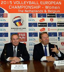12-11-2014 BEL: Loting EK volleybal 2015 vrouwen, Antwerpen<br /> In het Antwerpse stadhuis werd door de Nederlandse-, Belgische volleybalbond en de CEV de loting voor het EK vrouwen verricht / Andre Meyer en Mr Bruninx