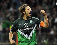 Fotball<br /> Tyskland<br /> 18.08.2010<br /> Foto: Witters/Digitalsport<br /> NORWAY ONLY<br /> <br /> Jubel 2:0 Torsten Frings (Bremen)<br /> <br /> UEFA Champions League Qualifikation SV Werder Bremen - Sampdoria Genua