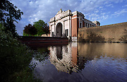 MENIN GATE, YPRES, BELGIUM. OVER 54,000 NAMES OF SOLDIERS WHO HAVE NO KNOWN FINAL RESTING PLACE ARE ENGRAVED ON THE WALLS OF THE MEMORIAL. EUROPE. THE WW1-1914-1918 CEMETERIES AND MEMORIALS MAINTAINED BY THE COMMONWEALTH WAR GRAVES COMMISSION..COPYRIGHT PHOTOGRAPH BY BRIAN HARRIS  © 2006.0044(0)7808-579804-brianharrisphoto@ntlworld.com OR brian@brianharrisphotographer.co.uk
