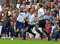 Fotball<br /> England 2005/2006<br /> Foto: Colorsport/Digitalsport<br /> NORWAY ONLY<br /> <br /> Ian Nolan (Bolton) celebrates scoring goal no.1 with Stelios Giannakopoulos<br /> <br /> West Ham United v Bolton Wanderers<br /> <br /> 27/8/2005