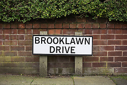 © Licensed to London News Pictures . 13/02/2014 . Manchester , UK . Brooklawn Drive . Police at the home of Anil Khalil Raoufi (aka Abu Layth ) at 78 Brooklawn Drive in Didsbury , Manchester today (13th February 2014) . Raoufi , a British Muslim , is reported to have been killed in fighting in Syria . Photo credit : Joel Goodman/LNP
