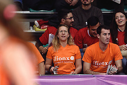 09-01-2016 TUR: European Olympic Qualification Tournament Rusland - Nederland, Ankara<br /> De Nederlandse volleybalsters hebben de finale van het olympisch kwalificatietoernooi tegen Rusland verloren. Oranje boog met 3-1 voor de Europees kampioen (25-21, 22-25, 25-19, 25-20) / Sonja, Marcel