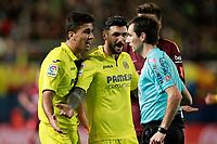 Villarreal CF's Rodrigo Hernandez (l) and Roberto Soriano have words with the Spanish referee Ricardo De Burgos Bengoetxea during La Liga match. December 10,2017. (ALTERPHOTOS/Acero)