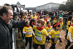 2018?10?28?.    ????????——???????????????.     10?28??????????????????????.    ???????????????????????????????????????????????????????????????????6.5????????1???????????.     ?????????  ?32496539019..(SP)BELGIUM-BRUSSELS-MARATHON.Children take part in the Kid Run on the sidelines of the marathon race in Brussels, Belgium, Oct. 28, 2018.  The Brussels Marathon and Half Marathon 2018 was held on Sunday, attracting runners from all over the world. (Credit Image: © Zheng Huansong/Xinhua via ZUMA Wire)