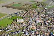 Nederland, Friesland, Gemeente Ferweradeel, 28-02-2016; Ferwerd (Fries: Ferwert) met de Sint Martinuskerk. Terpdorp en beschermd dorpsgezicht.<br /> Village on dwelling mound and protected village, northern Friesland.<br /> <br /> <br /> luchtfoto (toeslag op standard tarieven);<br /> aerial photo (additional fee required);<br /> copyright foto/photo Siebe Swart