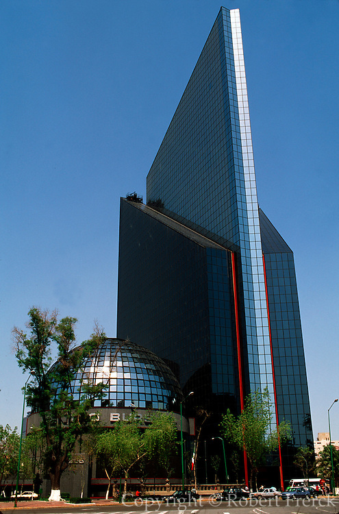MEXICO, MEXICO CITY, ECONOMY Centro Bursatil; the Stock Market