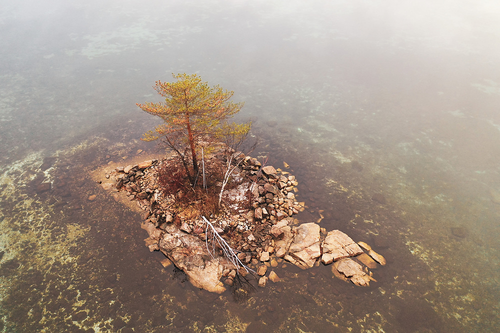 https://Duncan.co/small-island-with-one-tree-03