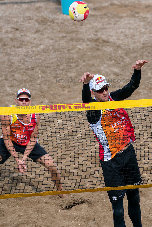 Robert Meeuwsen in action. The DELA NK Beach volleyball for men and women will be played in The Hague Beach Stadium on the beach of Scheveningen on 22 July 2020 in Zaandam.