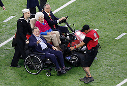 April 16, 2018 - (File Photo) - Former first lady Barbara Bush was reported in failing health and has decided not to seek further medical treatment, a family spokesman says. PICTURED: February 05, 2017 President GEORGE H.W. BUSH and his wife BARBARA BUSH took to center field to perform the coin flip before Super Bowl LI between the New England Patriots and the Atlanta Falcons at NRG Stadium in Houston, Texas. (Credit Image: © Charles Baus/CSM via ZUMA Wire)