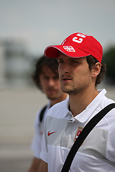 25.05.2010, Airport Salzburg, Salzburg, AUT, WM Vorbereitung, Serbien Ankunft im Bild Ivica Dragutinovic, Nationalteam Serbien, EXPA Pictures © 2010, PhotoCredit EXPA R. Hackl / SPORTIDA PHOTO AGENCY