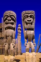 Hale o Keawe (wooden images), temple, Pu'uhonua o Honaunau National Historical Park (City of Refuge), Big Island of Hawaii, Hawaii, USA