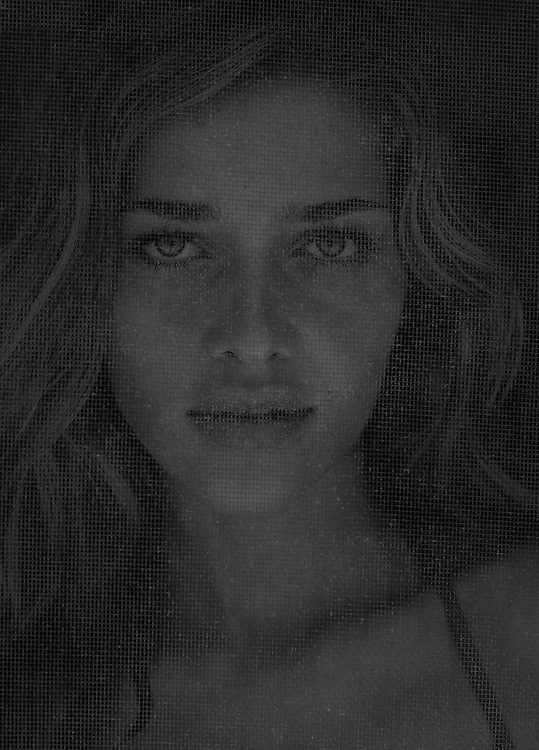 #AnnaBeatriz Barroz photographed on assignment with #H&M in the #Bahamas