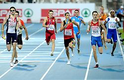 01-08-2010 ATLETIEK: EUROPEAN ATHLETICS CHAMPIONSHIPS: BARCELONA<br /> RUSSIA (RUS) - Winner 4x400m Relay Men - KRASNOV, Vladimir and Robert Lathouwers NED on the 7th place<br /> ©2010-WWW.FOTOHOOGENDOORN.NL