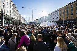 September 16, 2017 - Bergen, NORWAY - 170916 People are gathered at Torgallmenningen for the opening ceremony of the UCI Road World Championships on September 16, 2017 in Bergen..Photo: Jon Olav Nesvold / BILDBYRN / kod JE / 160015 (Credit Image: © Jon Olav Nesvold/Bildbyran via ZUMA Wire)