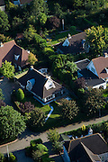 Nederland, Flevoland, Gemeente Almere, 08-09-2009. Villawijkje in Almere-Hout met vrijstaande villa's, villapark Vogelhorst.Almere-Hout, detached villas, villa park Horst Vogel.luchtfoto (toeslag); aerial photo (additional fee required); .foto Siebe Swart / photo Siebe Swart