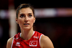 09-01-2016 TUR: European Olympic Qualification Tournament Turkije - Italie, Ankara<br /> De strijd om de tweede Japan ticket / Neslihan Demir Guler #17 of Turkey