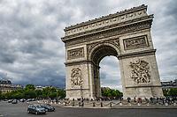 L'Arc de Triomphe, Place de l'Étoile