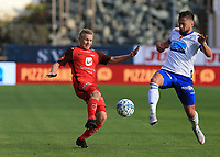 Fotball , 15. sep 2018 , Eliteserien,<br />Haugesund - Brann Bergen<br />Taijo Teniste fra Brann Bergen i aksjon mot Alexander Stølås fra Haugesund.<br />Foto: Andrew Halseid Budd , Digitalsport