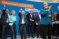 22 SEP 2013, BERLIN/GERMANY:<br /> Angela Merkel (R), CDU, Bundeskanzlerin, haelt eine kurze Rede, im Hintergrund: Armin Laschet, CDU Landesvorsitzender NRW, Ursula von der LEyen, CDU, Arbeitsministerin, Hermann Groehe, CDU Generalsekretaer, Ronald Pofalla, CDU, Kanzleramtsminister, Volker Kauder, CDU, CDU/CSU Fraktionsvorsitzender, (v.L.n.R.), waehrend der ausgelassenen  Feier anl.  des Wahlergebnisses am Wahlabend der CDU nach der Bundestagswahl 2013, Konrad-Adenauer-Haus<br /> IMAGE: 20130922-02-035<br /> KEYWORDS: Wahlparty, election party, Feier, feiern, Jubel, jubeln, Applaus, applaudieren, klatschen, Hermann Gröhe