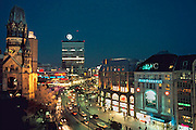 Duitsland, Berlijn, 25-8-2005Gedächtniskirche, Gedachtniskirche en Europacenter aan de Kurfürstendam, Kurfurstendam. Monument 2e wereldoorlog.Foto: Flip Franssen/Hollandse Hoogte
