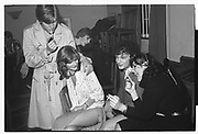 JONATHAN BURNHAM, JANE GILMOUR, NEIL MENDOZA, LILY JOHNSTON, Assassins drinks party, Oxford. 1980
