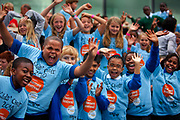 The Thames Festival is an autumn weekend celebration each September on the banks of the river Thames. 1000 kids from all over London joined together to sing in a specially commisioned cantata by Jonathan Dove & Alasdair Middleton conducted by Richard Frostick