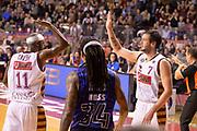 DESCRIZIONE : Venezia campionato serie A 2013/14 Reyer Venezia EA7 Olimpia Milano <br /> GIOCATORE : Donell Taylor Guido Rosselli<br /> CATEGORIA : esultanza<br /> SQUADRA : Reyer Venezia<br /> EVENTO : Campionato serie A 2013/14<br /> GARA : Reyer Venezia EA7 Olimpia<br /> DATA : 28/11/2013<br /> SPORT : Pallacanestro <br /> AUTORE : Agenzia Ciamillo-Castoria/A.Scaroni<br /> Galleria : Lega Basket A 2013-2014  <br /> Fotonotizia : Venezia campionato serie A 2013/14 Reyer Venezia EA7 Olimpia  <br /> Predefinita :