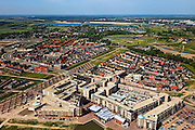 Nederland, Utrecht, Leidsche Rijn, 23-05-2011; Nieuwbouwwijk  Vleuterweide met winkelcentrum..Overview new housing district with shopping mall in central Netherlands. .luchtfoto (toeslag), aerial photo (additional fee required).copyright foto/photo Siebe Swart