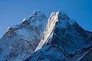 Ama Dablam (6848m) at sunrise, as seen from Dingboche, Khumbu (Mount Everest) region, Sagarmatha National Park, Himalaya Mountains, Nepal.